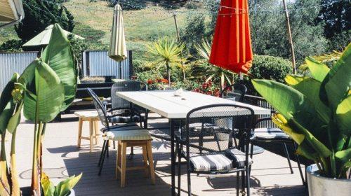 garden-table-terrace
