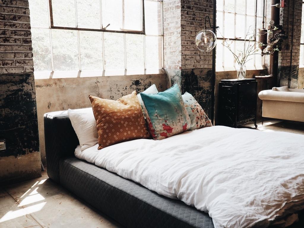dormitor design industrial